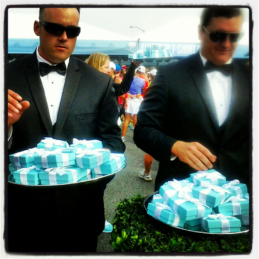 Tuxedoed firemen handing out Tiffany's bling- WOOOOOO!!!!
