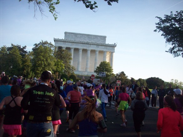 Running past the Lincoln Memorial